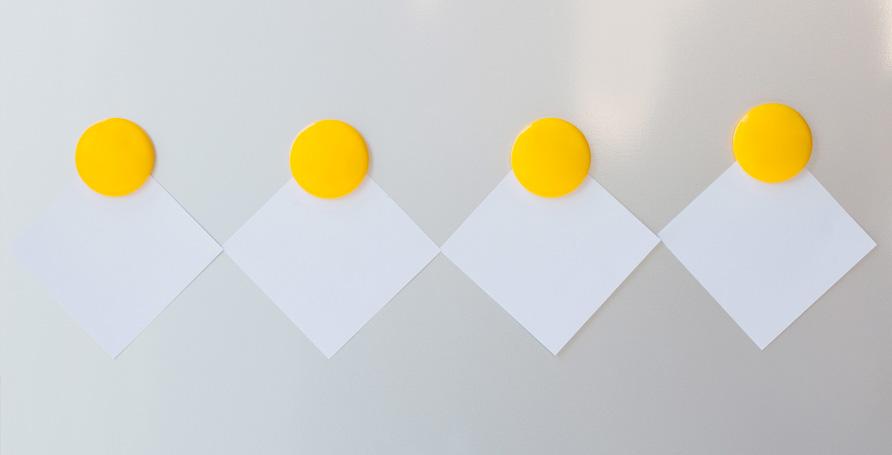 Pittura magnetica per trasformare le superfici in lavagne magnetiche.